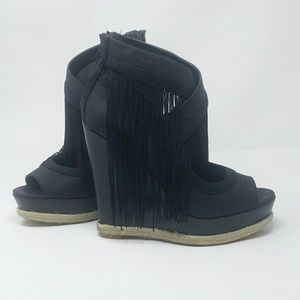 RACHEL Rachel Roy Shoes - Espadrille Fringe Wedges Size 8